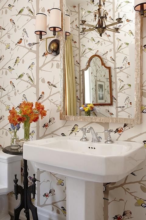"""Foto: Reprodução / <a href=""""http://www.sarahrichardsondesign.com/portfolio/sarahs-house-4/powder-room"""" target=""""_blank""""> Sarah Richardson Design </a>"""