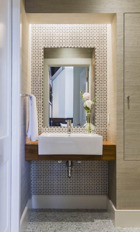"Foto: Reprodução / <a href=""http://anniehallinteriors.com/kitchens-baths.php#/2"" target=""_blank"">Annie Hall Interiors</a>"