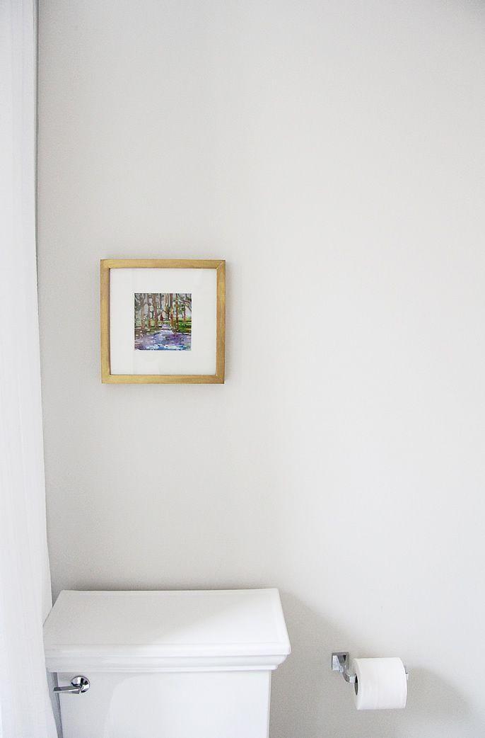 "Foto: Reprodução / <a href=""http://lindsaystephenson.com/blog/2013/10/reveal-our-super-tiny-washroom.html"" target=""_blank"">Lindsay Stephenson</a>"