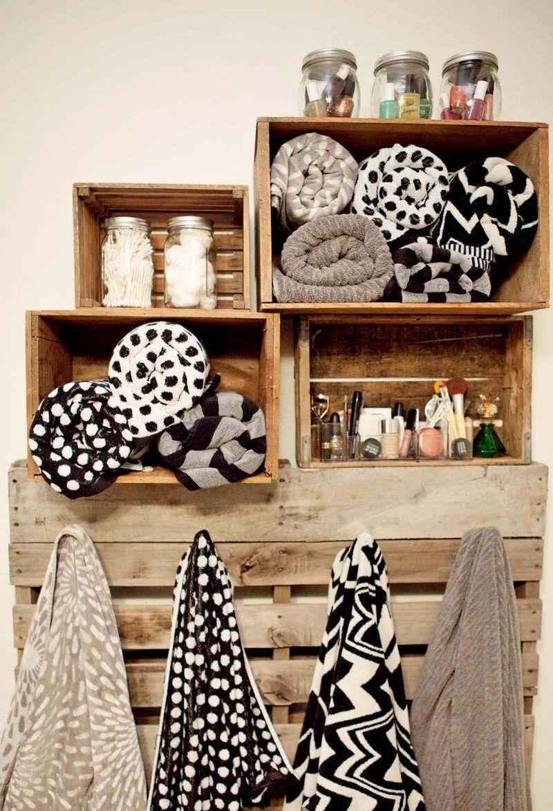 """Foto: Reprodução / <a href=""""http://www.abeautifulmess.com/2012/01/home-tour-our-bathroom.html"""" target=""""_blank""""> A beautiful mess </a>"""
