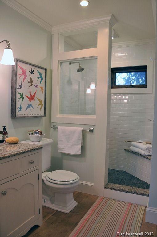 """Foto: Reprodução / <a href=""""http://blog.elaninteriordesign.com/2012/01/before-and-after-farmhouse-bathroom.html"""" target=""""_blank"""">Elan Interior Design</a>"""