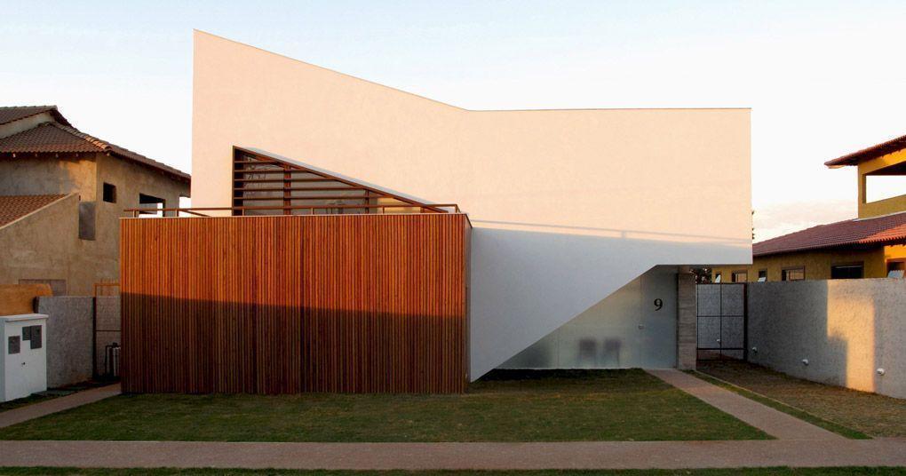 """Foto: Reprodução / <a href=""""http://www.domo.arq.br/casas/casa01.html"""" target=""""_blank"""">BLOCO Arquitetos</a>"""