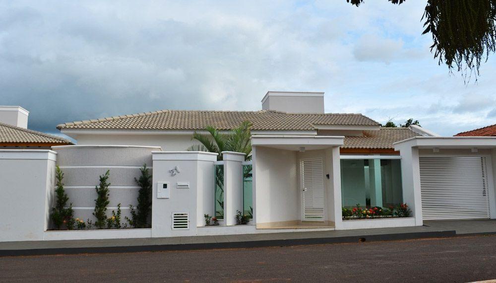 """Foto: Reprodução / <a href=""""http://www.arquiteturaa2.com/portfolio/9-portfolio/residencial/14-residencia-luiz-marcio-e-nilta-pedrinopolis"""" target=""""_blank"""">Arquitetura A2</a>"""