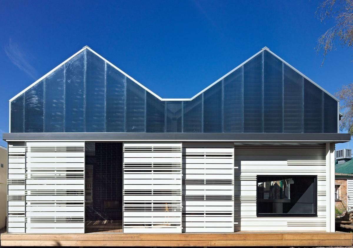 "Foto: Reprodução / <a href=""http://www.makearchitecture.com.au/projects/featured/house-reduction"" target=""_blank"">MAKE architecture</a>"