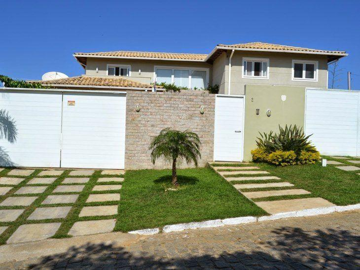 f9d7e60402e45 O clima e estilo de uma casa começa a ser sentido e interpretado do lado de  fora. Da rua, o exterior de uma residência pode expressar a personalidade  de ...