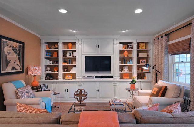 """Foto: Reprodução / <a href=""""http://www.houzz.com/photos/2279977/Traditional-Family-Room-traditional-family-room-new-york"""" target=""""_blank"""">Houzz</a>"""