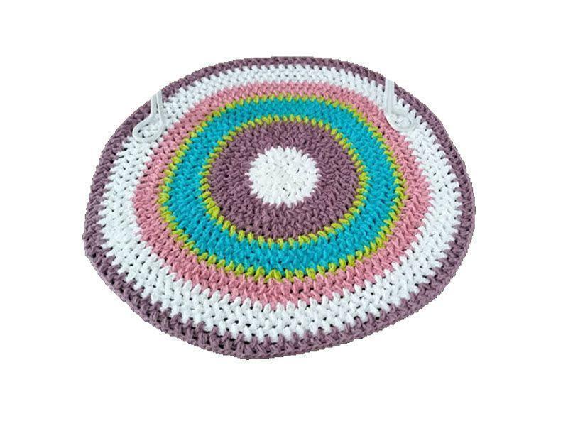"Tapete de barbante colorido por €23,91 no <a href=""https://www.etsy.com/pt/listing/225053476/round-cotton-crochet-floor-rug-finland?"" target=""_blank"">Etsy</a>"