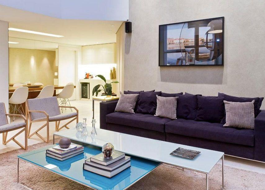 """Foto: Reprodução / <a href=""""https://www.vivadecora.com.br/foto/25214/sala-de-estar-com-parede-de-cimento-queimado""""target=""""_blank"""">Paula Bittar</a>"""