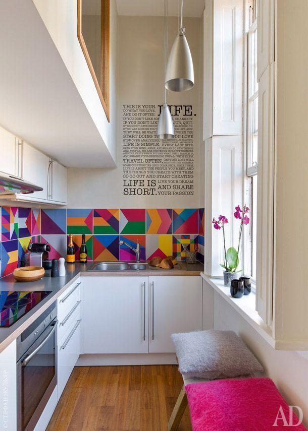 "Foto: Reprodução / <a href=""http://www.admagazine.ru/inter/49133_kvartira-dekoratora-v-londone-25-m.php#artheader"" target=""_blank"">AD Magazine</a>"