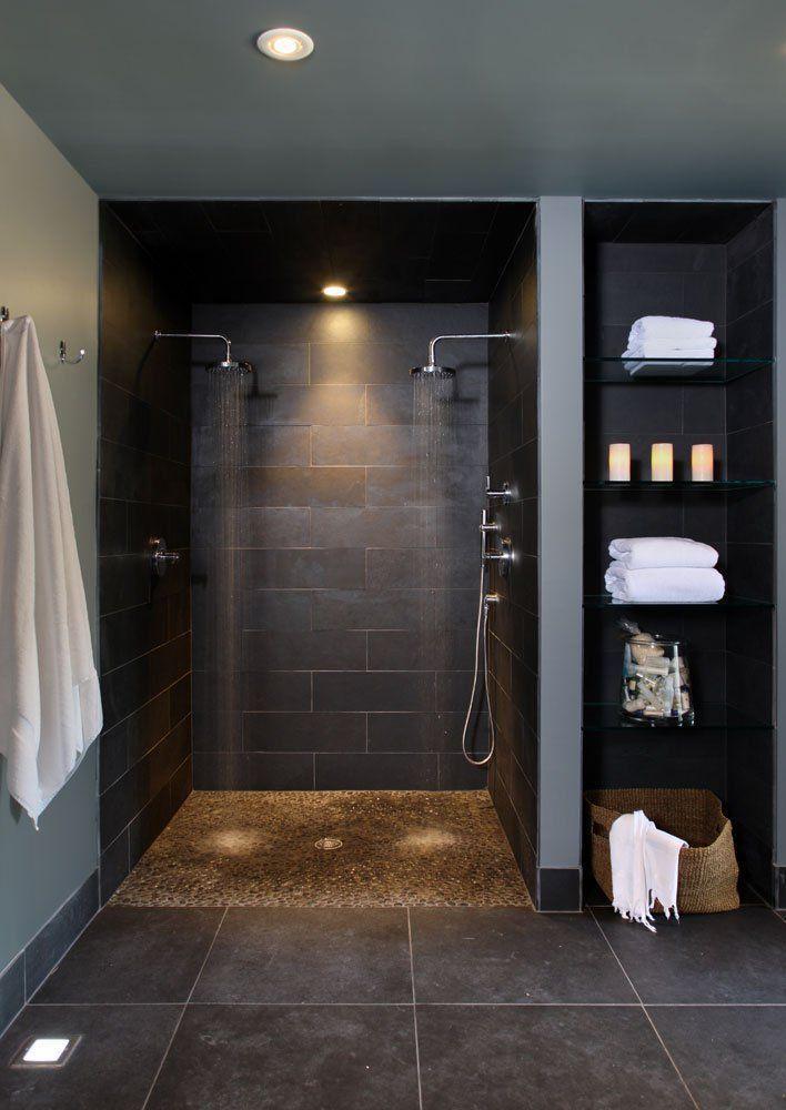 """Foto: Reprodução / <a href=""""http://www.houzz.com/photos/1049826/Bathroom-basement-contemporary-bathroom-dc-metro"""" target=""""_blank"""">NF Interiors</a>"""