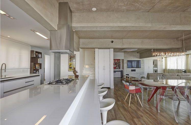 """Foto: Reprodução / <a href=""""https://www.vivadecora.com.br/foto/13085/apartamento-campo-belo-cozinha""""target=""""_blank"""">Viviane Dinamarco</a>"""