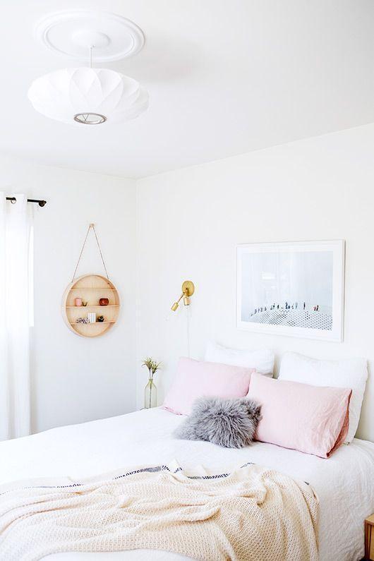 """Foto: Reprodução / <a href=""""http://www.sfgirlbybay.com/2014/04/16/designlovefest-bedroom-makeover/ """" target=""""_blank"""">Sf girl by Bay </a>"""