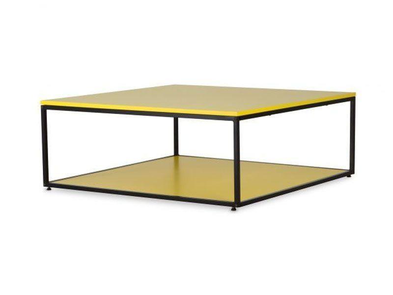 "Mesa de Centro Perfil por R$419 na <a href=""http://www.oppa.com.br/mesa-de-centro-perfil-80x80-amarela"" target=""blank_"">Oppa</a>"