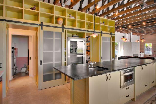 Estilo industrial decora o com ousadia e charme fotos for Placard cuisine trop profond