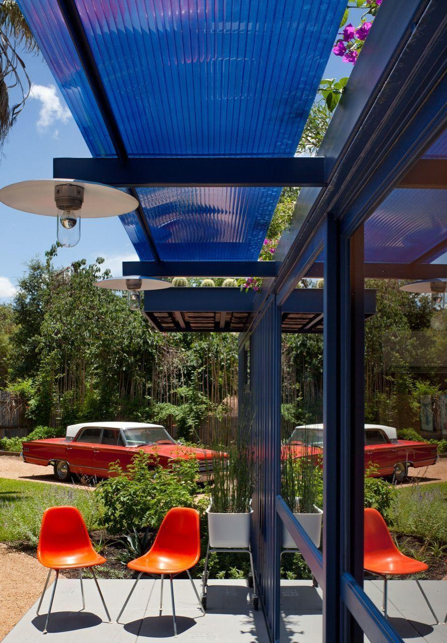 """Foto: Reprodução / <a href=""""http://www.archdaily.com.br/br/01-49352/container-guest-house-poteet-architects"""" target=""""_blank"""">Poteet Architects </a>"""