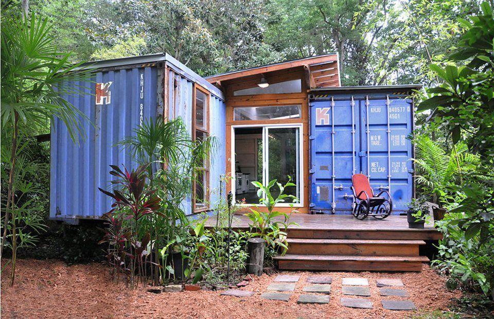"Foto: Reprodução / <a href=""http://smallhousebliss.com/2013/08/01/savannah-project-a-container-house-by-julio-garcia/julio-garcia-savannah-project-exterior1-via-smallhousebliss/"" target=""_blank"">Small House Bliss</a>"