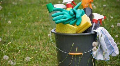 11 produtos de limpeza que não podem faltar na sua despensa