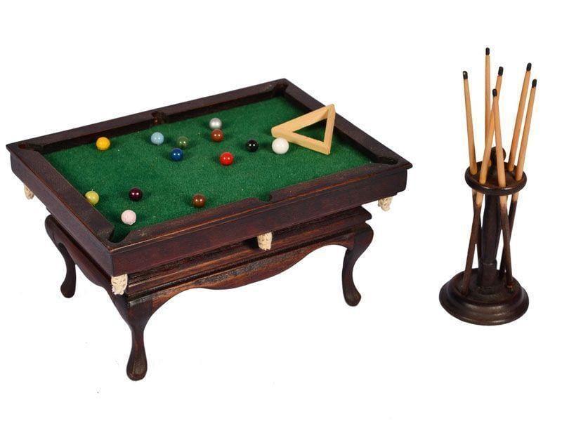 "Mesa de Bilhar antiga - Miniatura por R$210 na <a href=""http://www.elo7.com.br/mesa-de-bilhar-antiga-miniatura/dp/34E14D#df=d&uso=d"" target=""blank_"">Elo 7</a>"