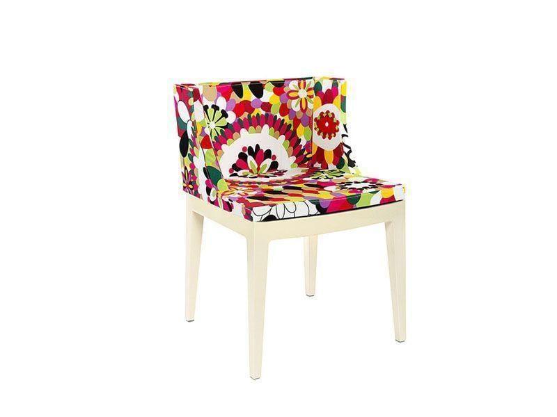"""Cadeira Miranda floral por R$773,99 na <a href=""""http://www.submarino.com.br/produto/124571201/cadeira-miranda-floral-rosa-byhaus?"""" target=""""blank_"""">Submarino</a>"""