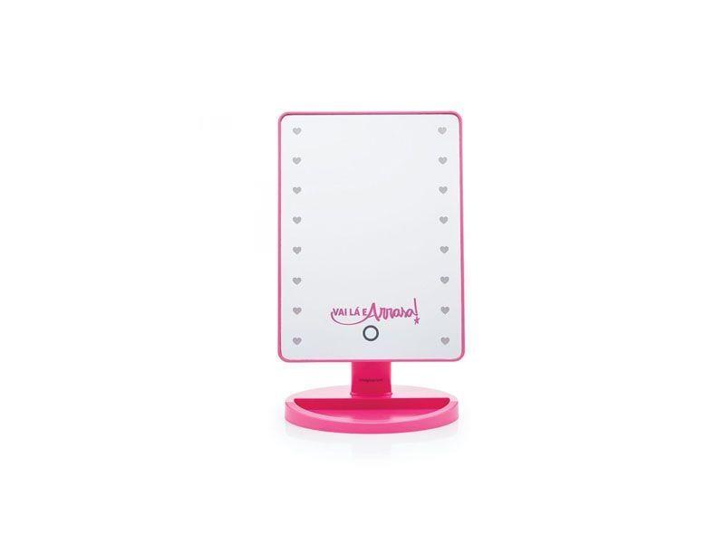 """Espelho com LED por R$159,90 na <a href=""""http://loja.imaginarium.com.br/espelho-com-led-arrasa.html"""" target=""""blank_"""">Imaginarium</a>"""