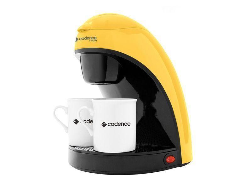 """Cafeteira Single Colors Amarela por R$94,90 na <a href=""""http://www.cadence.com.br/produto/cafeteira-single-colors-amarela-468"""" target=""""blank_"""">Cadence</a>"""