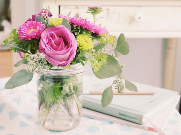 Resultado de imagem para vaso de flores vintages