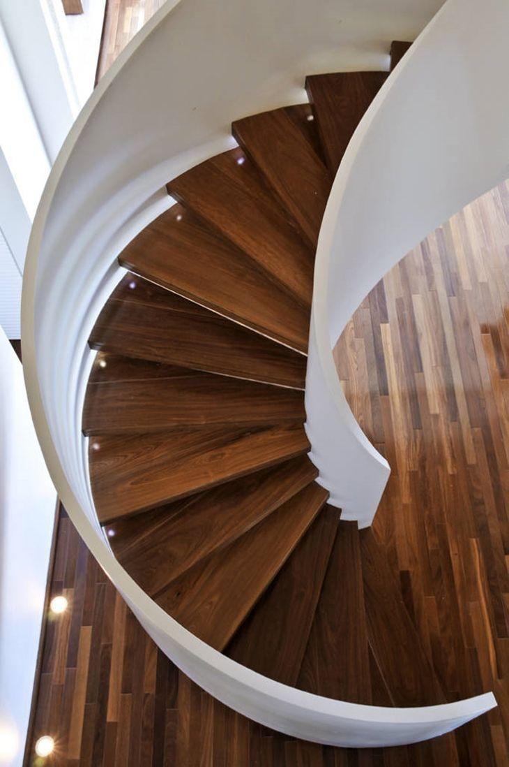 Muito Escadas caracol: charme e funcionalidade em um só elemento VT31