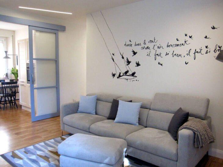 Sof cinza 50 fotos para aproveitar a versatilidade da pe a for Ideas para pisos pequenos fotos