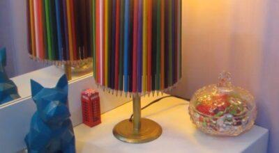 Como fazer um abajur com lápis de cor