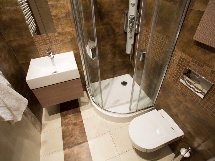 55 banheiros pequenos decorados cheios de estilo. Black Bedroom Furniture Sets. Home Design Ideas