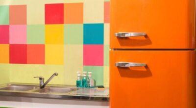 40 geladeiras coloridas que deixam qualquer ambiente mais alegre