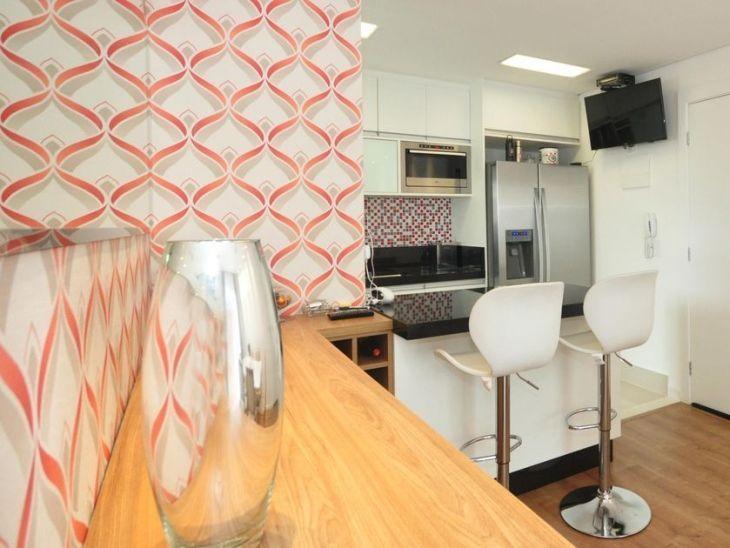 Papel de parede para cozinha: 40 ideias de decoração para se inspirar