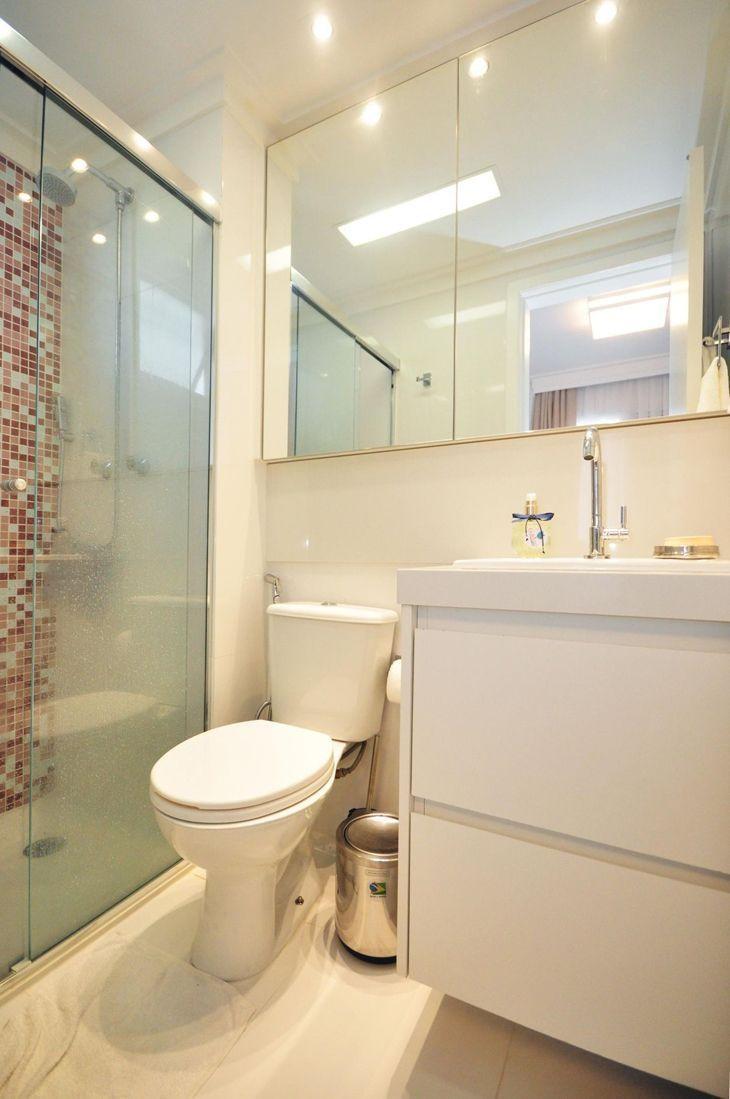 Banheiro branco 80 ideias de decoração possíveis de ter em casa -> Banheiro Pequeno Com Pastilhas Claras