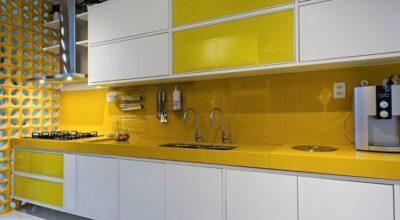 40 cozinhas amarelas estilosas para fugir do tradicional