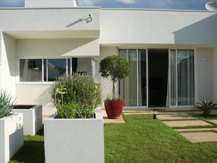 Fachadas de casas pequenas e modernas 100 fotos lindas e for Fachadas de casas modernas pequenas de infonavit