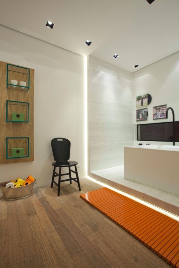 Nicho para banheiro 60 inspirações que aliam bom gosto e funcionalidade -> Nicho Vermelho Banheiro
