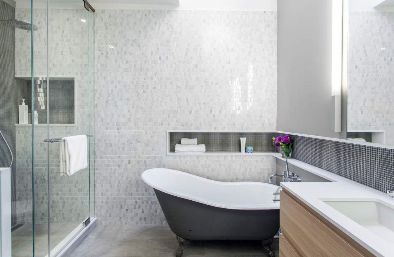 Nicho para banheiro 60 inspirações que aliam bom gosto e funcionalidade -> Nicho Para Banheiro Toalhas