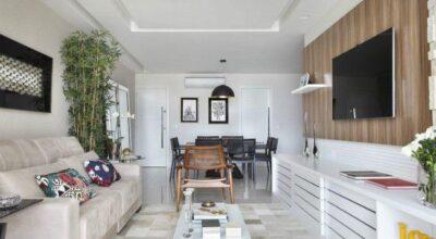 Inspiração de apartamento com decoração contemporânea e tons claros e neutros