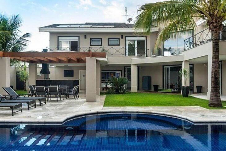 Imperd vel 110 refer ncias de casas bonitas para se inspirar for Casas medianas bonitas