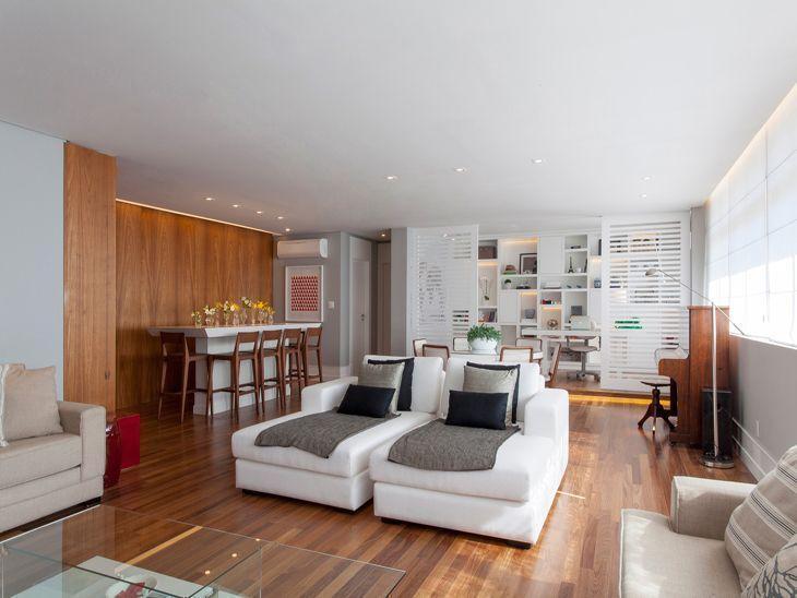 Apartamento moderno decorado para uma jovem estilosa for Pisos para apartamentos modernos