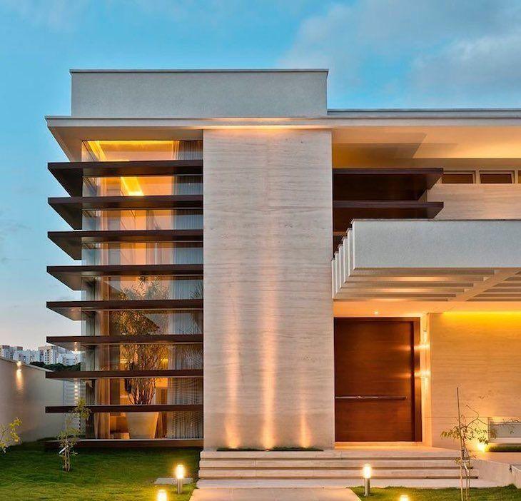 Revestimentos para fachadas veja os principais tipos e for Fachadas de casas modernas iluminadas