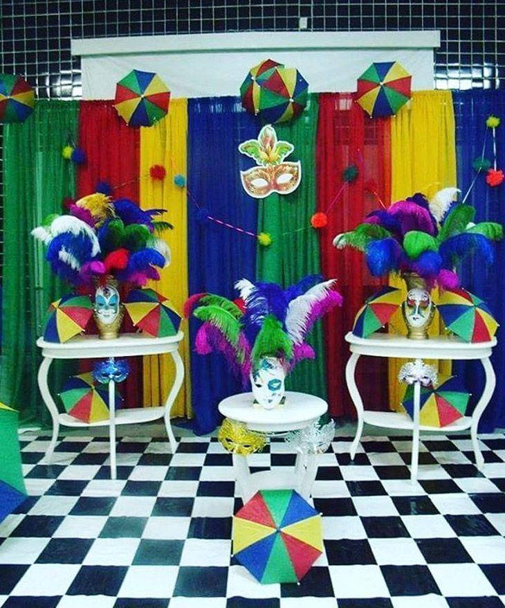 40 ideias de decoraç u00e3o de Carnaval para animar a casa sem gastar muito -> Decoração De Loja Carnaval