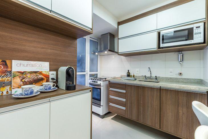 Apartamento pequeno decorado com cores claras que voc vai for Apartamentos decorados pequenos