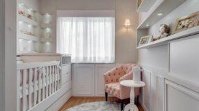 Apaixonante! Veja a decoração desse quarto de bebê em tons de cinza, rosa e branco