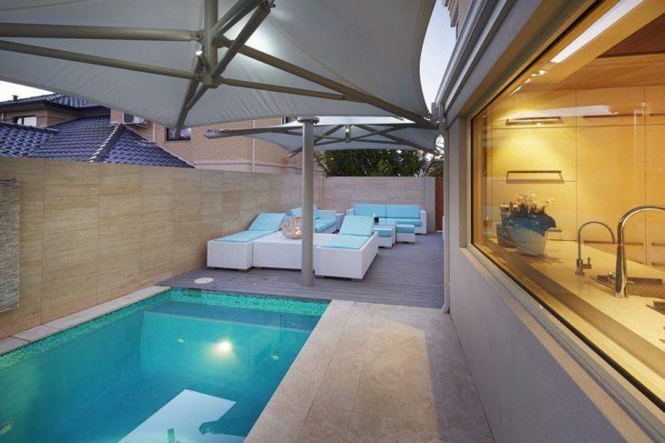 Rea de lazer com piscina 85 ideias para voc se inspirar for Albercas inflables grandes baratas