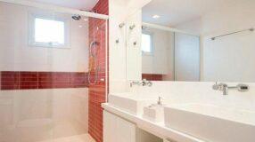 Banheiro vermelho: 50 fotos de belos projetos com a cor