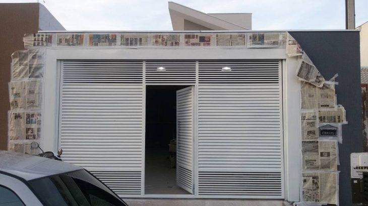 Super 100 modelos de portões para uma fachada mais bonita e interessante UU23