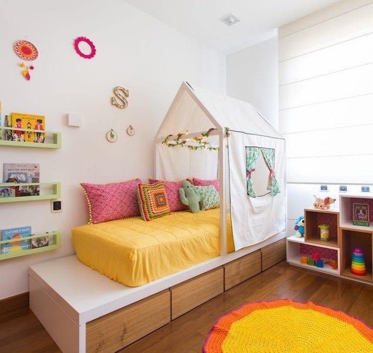 Cama infantil 50 criativas op es para dormir brincar e - Cama en alto ...