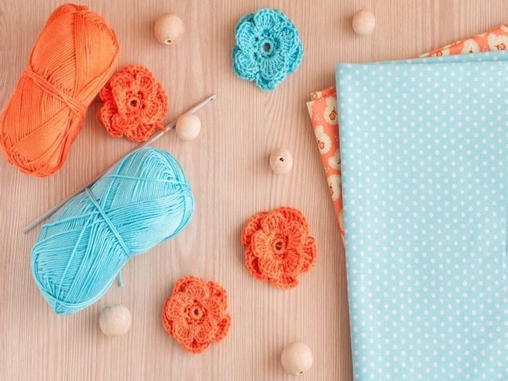 bbcca079c44 Flor de crochê: aprenda a fazer e inspire-se com 90 aplicações ...