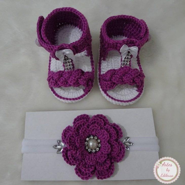 Flor de crochê  aprenda a fazer e inspire-se com 90 aplicações ... 42e56af3df8